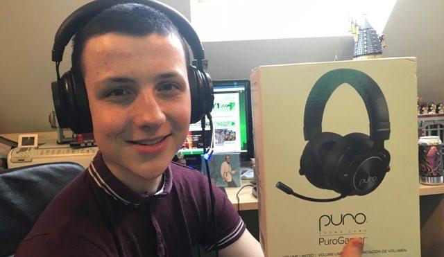 PuroGamer Volume Limiting Gaming Headphones